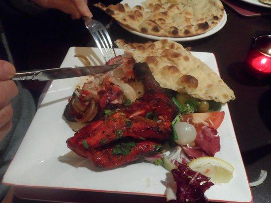 Nobanno Lakeside Indian Restaurant: The Chicken Tikka Masala at Nobanno's