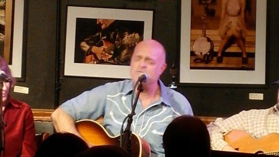 Bluebird Cafe : Eric Brace - Feb 4, 2014