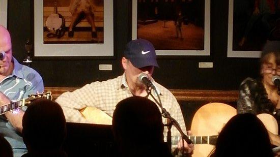 Bluebird Cafe : Gary Talley - Feb 4, 2014