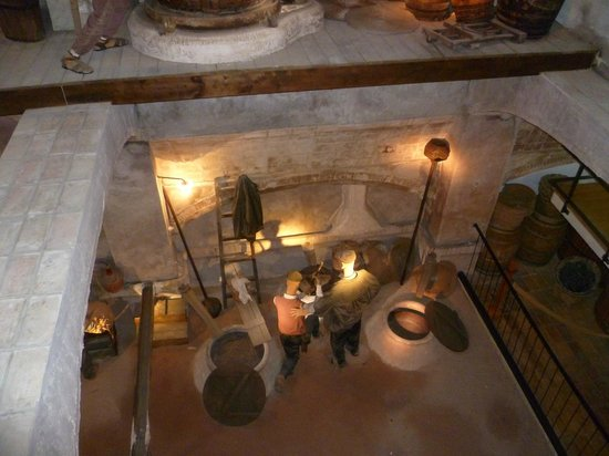 Bullas, Spanien: Wine making 1