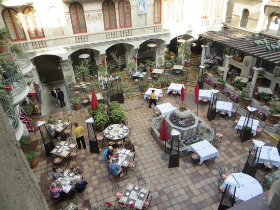 The Mission Inn Hotel And Spa Restaurant Courtyard