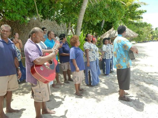 Blue Lagoon Beach Resort : Farewell song from the staff