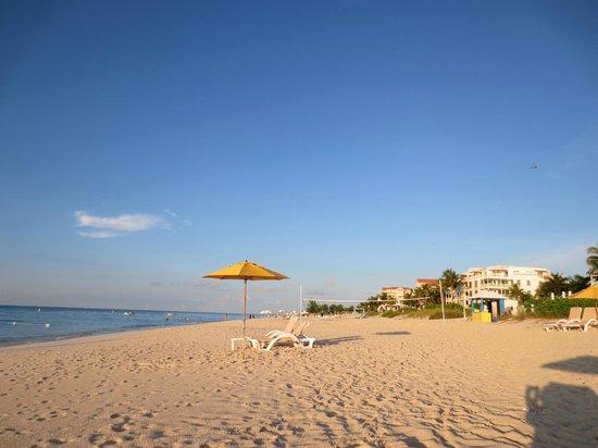 Alexandra Resort : grace bay beach