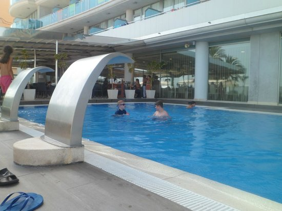 Allon Mediterrania Hotel: Pool