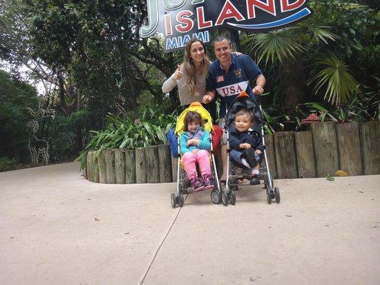 Jungle Island: Entrada