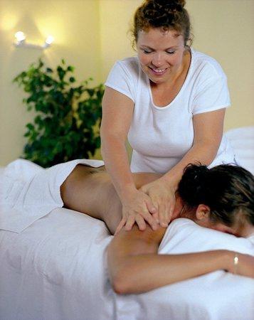Central Sporthotel Davos: Massage