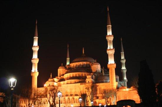 Sultan Corner Hotel : So close to the Blue Mosque !