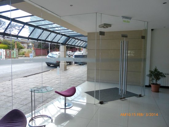 Hotel Kilton: Interior del Acceso al Hotel