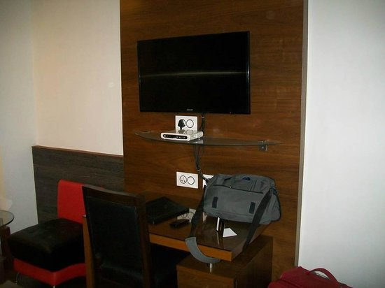 Hotel Niharika: TV and study desk