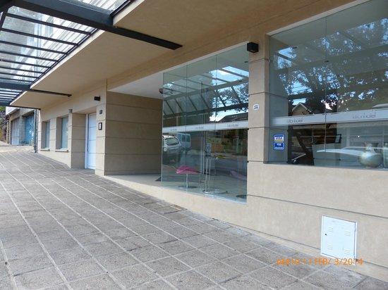 Hotel Kilton: Exterior del Acceso al Hotel