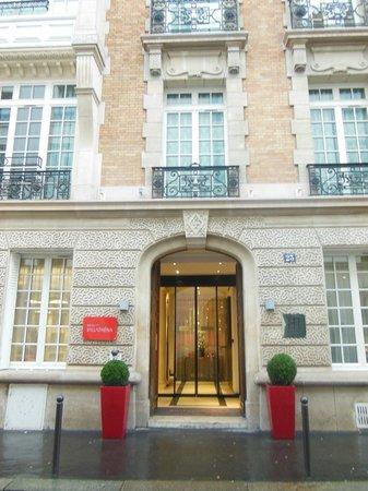 Villathena : facciata esterna dell'hotel