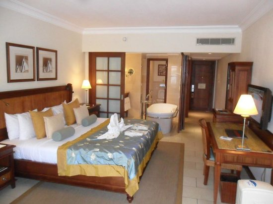 Maritim Resort & Spa Mauritius : The Room