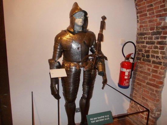 Porte de Hal : Inside museum - armour