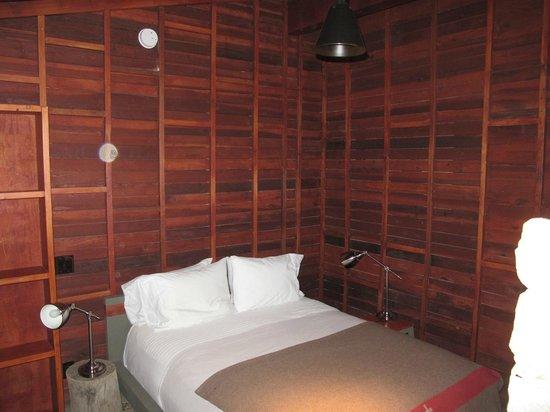 Sparrows Lodge : Bedroom of suite