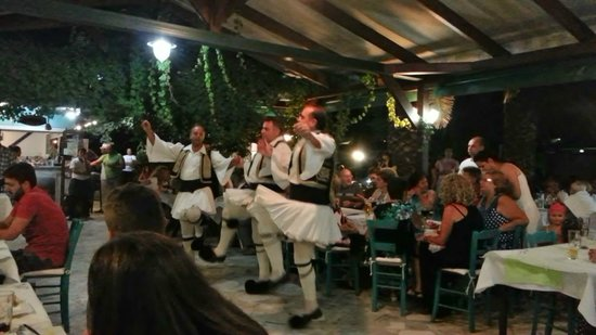 San Antonio Beach Restaurant: Greek night at St. Antonios