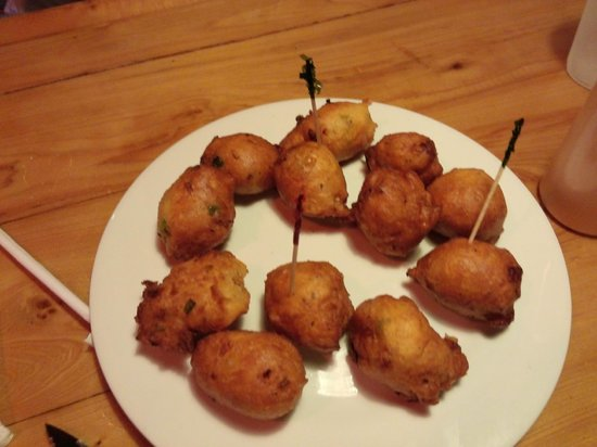 Twin Brothers Restaurant : Conk Fritters