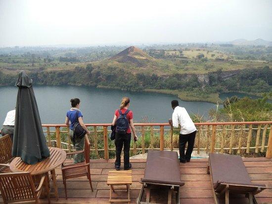 Kyaninga Lodge: On the balcony overlooking the crater lake.