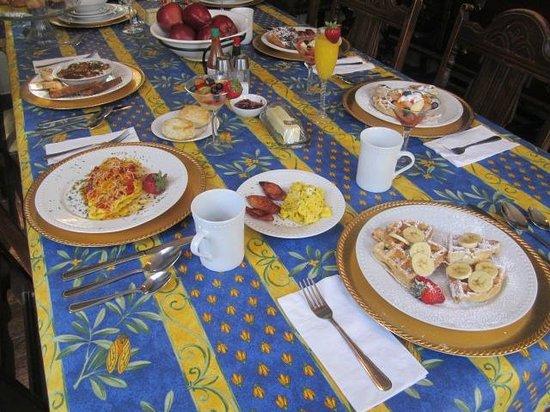 Degas House: Breakfast