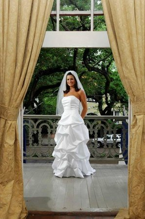 Degas House: Bride on Estelle Balcony during Dressing of the Bride