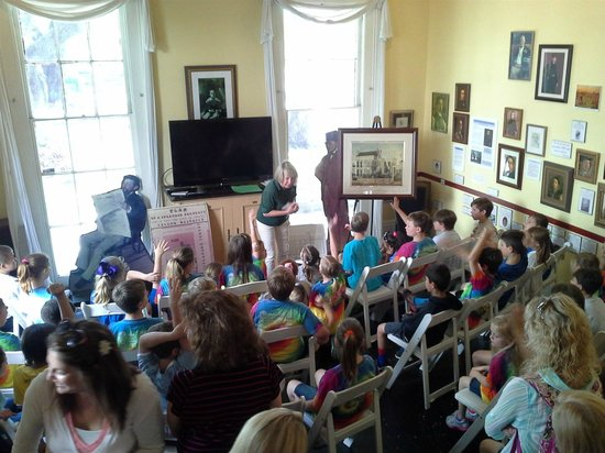 Degas House: School Tour in Gallery