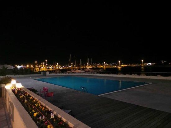NH Marseille Palm Beach : POOL