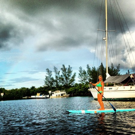 Blueline Surf & Paddle Co.: Kim-Yoga on the water Instructor