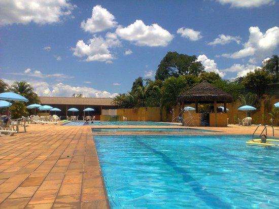 Hotel Paradies: Área das Piscinas