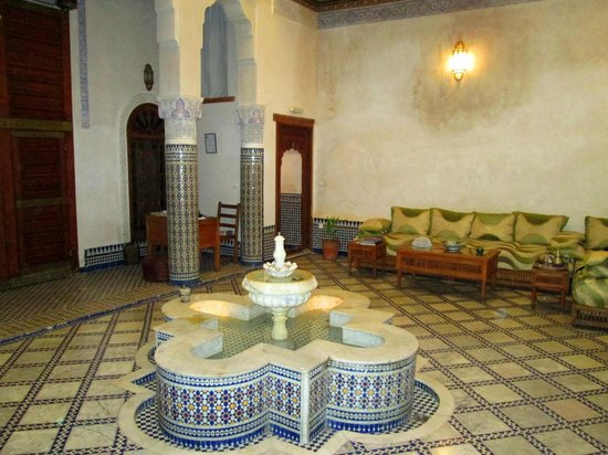 Dar Drissi: Riad Fountain