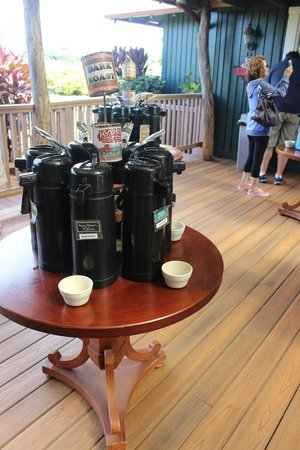 Kauai Coffee Company: Coffee samples