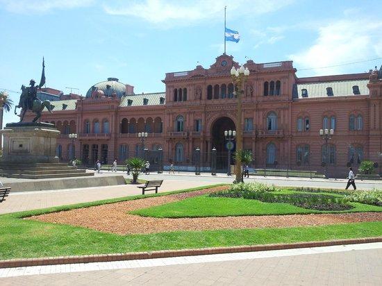 Alma del Plata Buenos Aires Hotel & Apart: Casa Rosada