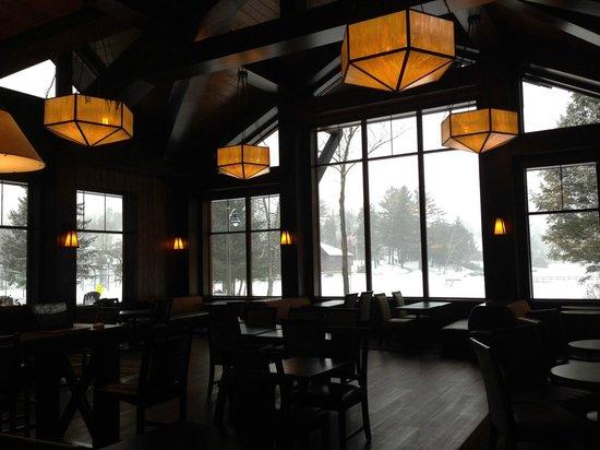 Hampton Inn & Suites Lake Placid: Lobby