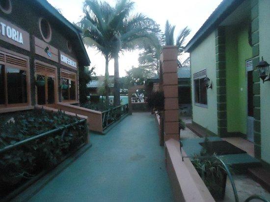 Country Lake Resort - Garuga