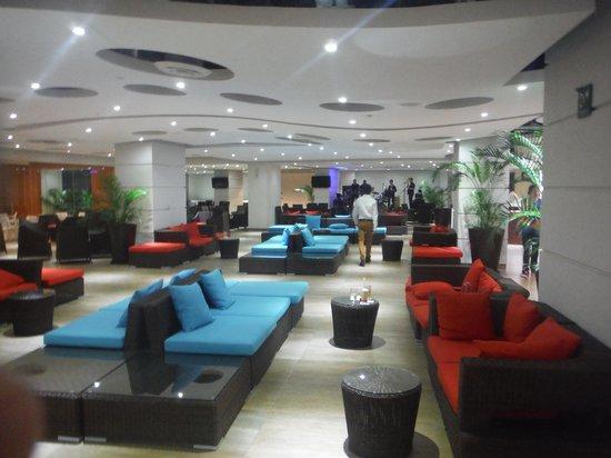 Azul Ixtapa Grand Spa & Convention Center: sports bar