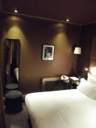 Hotel Armoni : Bedroom