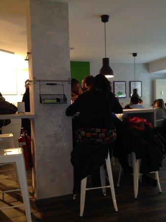 Escasano - Salad Experts: Sitzgelegenheiten