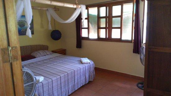 The Secret Cove Inn: Bedroom