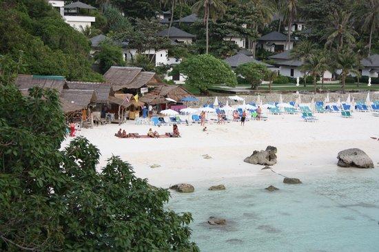 Bungalow Raya Resort: Spiaggia di Raya