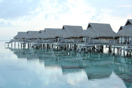 Sofitel Moorea Ia Ora Beach Resort : Over-Water Bungalows