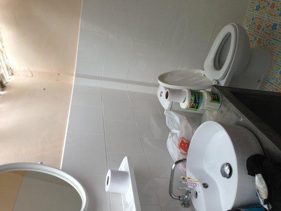 Siam Beach Resort: Bathroom