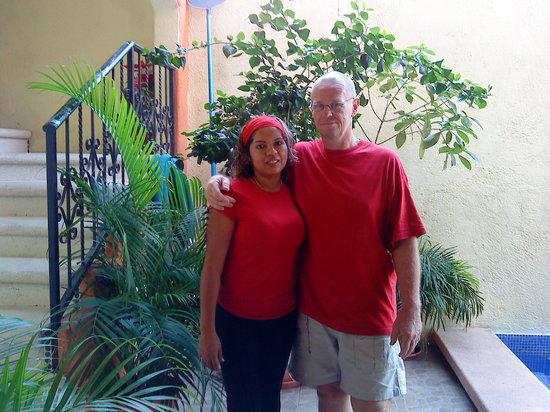 Hotel Las Salinas: christian y evi los dueños