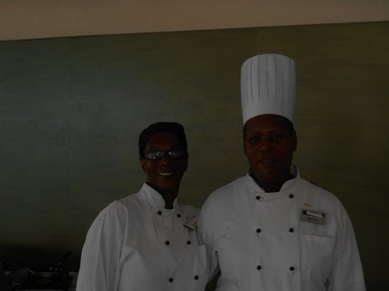 Radisson Aquatica Resort Barbados: My two favourite ladies, they fed me well!!!!!