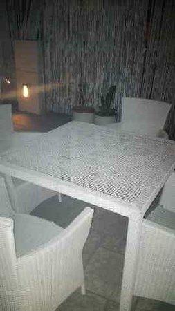 Hotel Ajanta : Table Ambience of Rooftop Restaurant at Ajanta Hotel