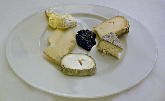 Hotel Cafe de Paris : plateau de fromages