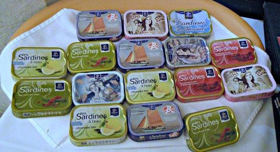 Hotel Cafe de Paris: la carte des sardines millésimées!