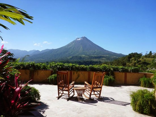 The Springs Resort and Spa: Arenal on a Clear Day