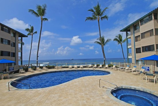 Kona Reef Resort: Oceanfront Pool