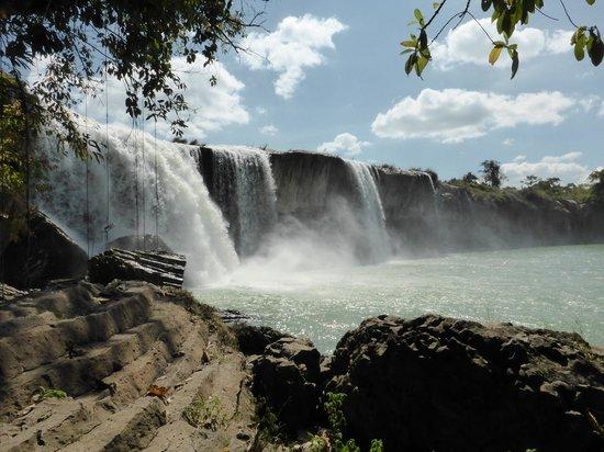 Easy Riders Vietnam: Waterfall