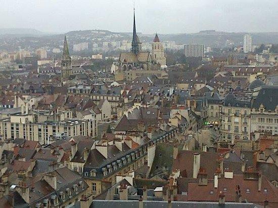 Tour Philippe le Bon : Vue de la tour