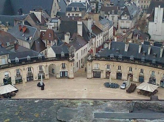 Tour Philippe le Bon : Place de la libération