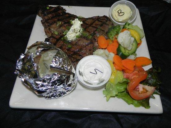 Cozy's Roadhouse: TBone Steak